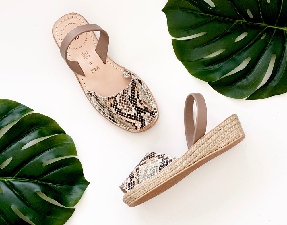 ESPADRILLE LOW WEDGE - PEACH SNAKE PRINT
