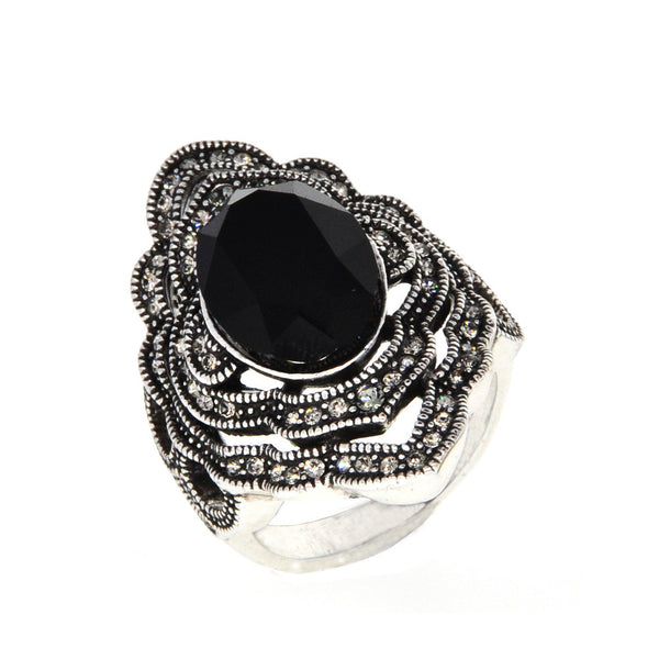 Dear Deer White Gold Vintage Floral Black Swarovski Element Cocktail Ring