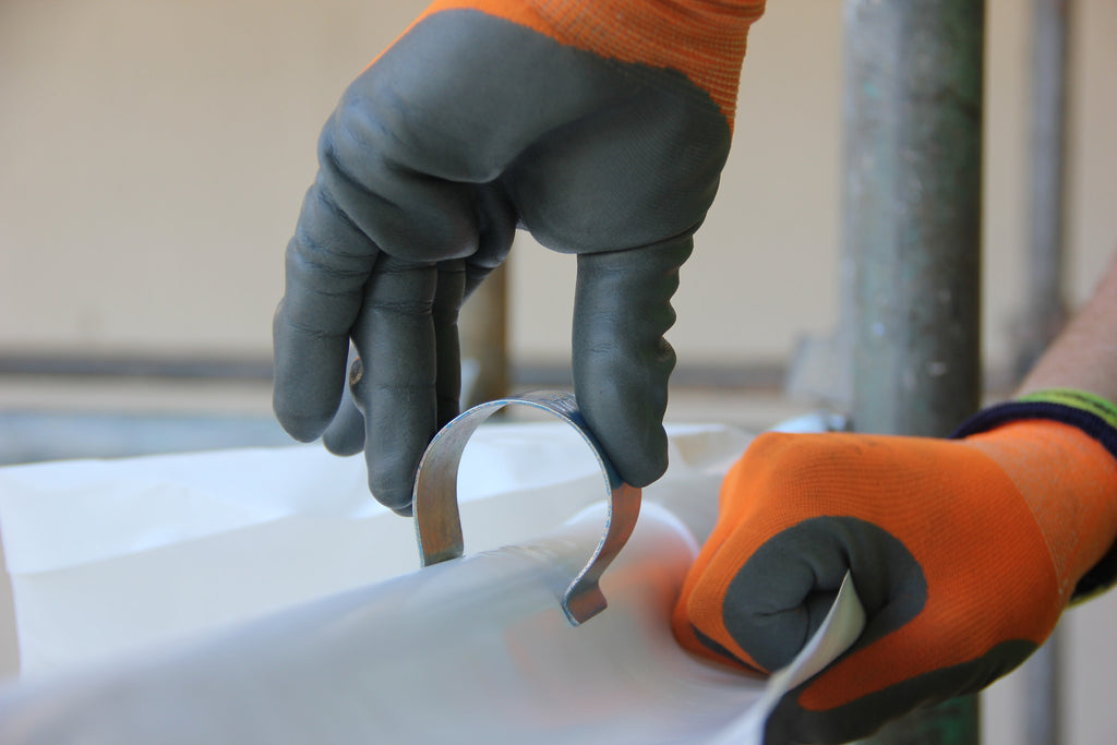 using a scaffold shrink wrap clip