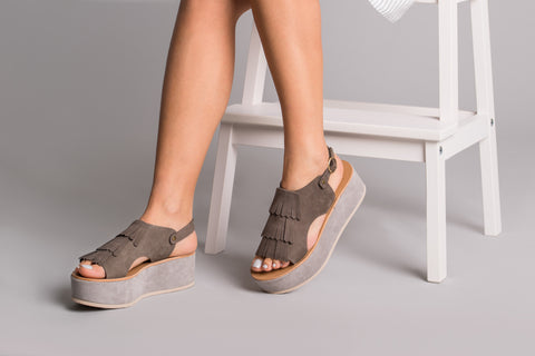 Anemone Taupe Leather Sandals