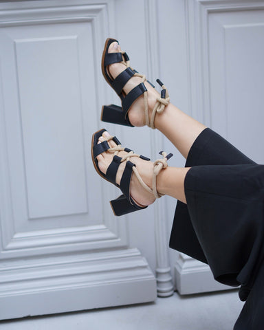 Paloma Sandals Black