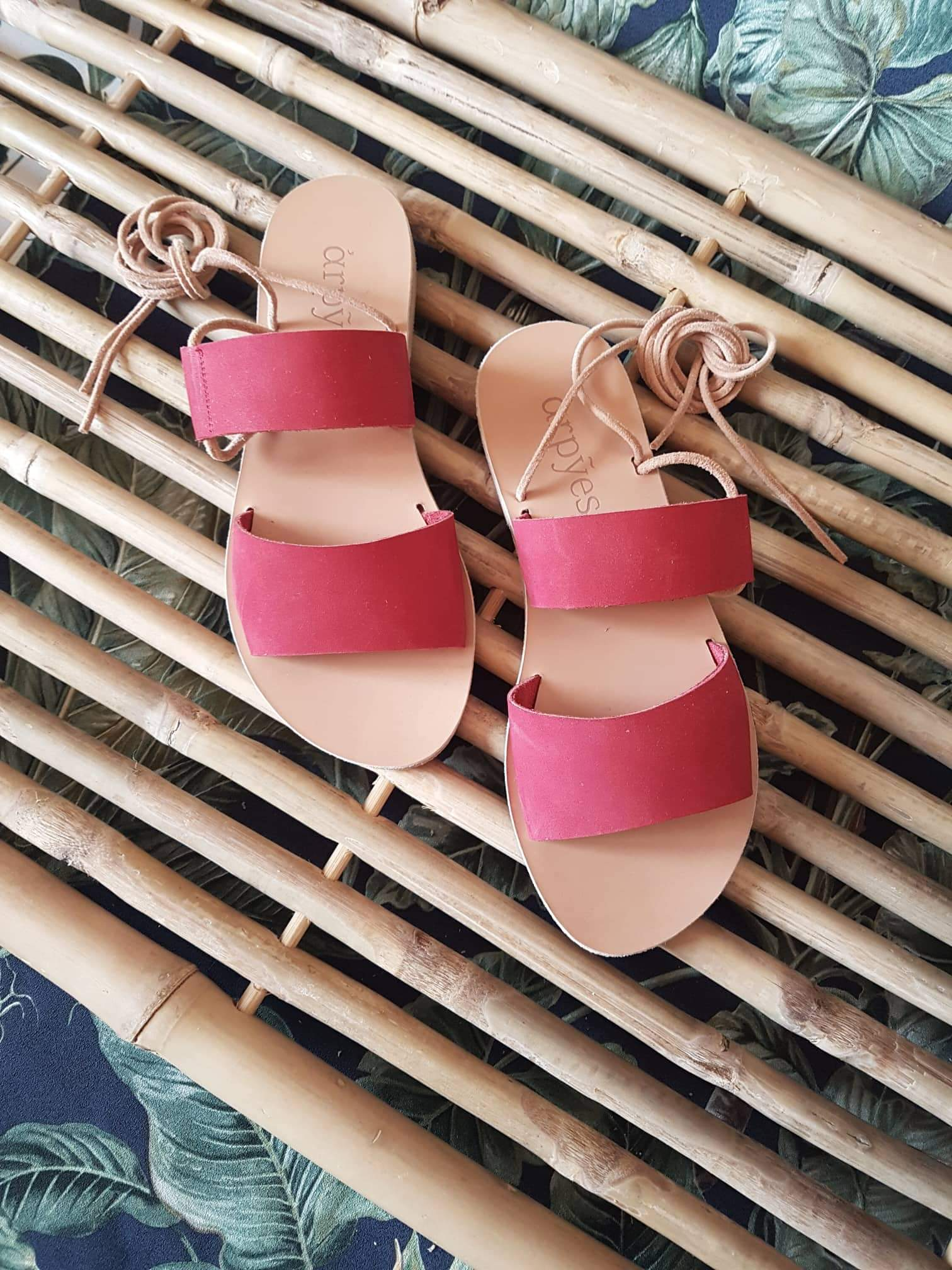Toucan Red - sandals- arpyes