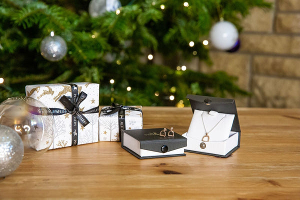 Why equestrian Jewellery makes a great gift for the horse-lover.