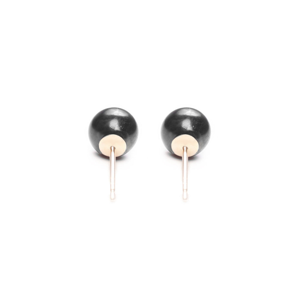 ORA PEARLS - DESIGNER JEWELLERY - BLACK STUD EARRINGS - SILKARMOUR - 1