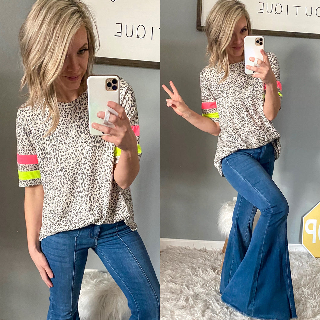 Judy Blue Super Flares - Maple Row Boutique