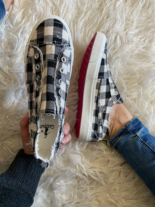Black and White Buffalo Plaid Corkys - Maple Row Boutique