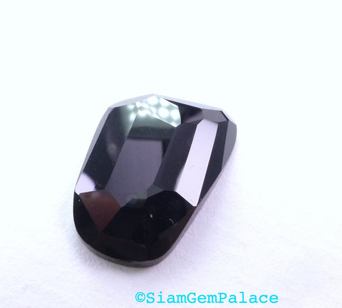 ONYX. Black. Natural. Flat Rose Cut. Clean, Bright, and Lovely. Freeform. 1 pc. 9.0 cts. 13x20x3.5 mm  (OX293)