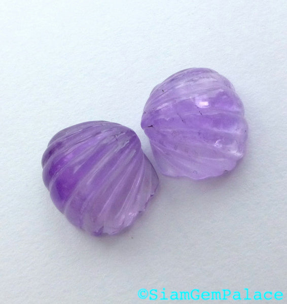 aMaZiNg dEaL AMETHYST SEA SHeLls. Hand Carved Shells. Matched Pair. 2pc. 10.55 cts. 13 mm wide (Am669) - Siam Gem Palace - 1