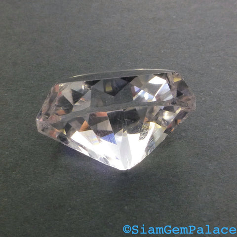 CLEAR Quartz. Natural. DiAMOND PROFiLE Cabochon. Rock Crystal. Edgy. PunK RoCk. 1 pc. 16 cts. 20x15x10 mm (Qtz351) - Siam Gem Palace - 1