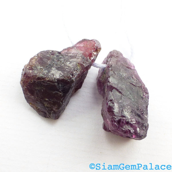 GARNET BEaDS. Natural. Rhodolite. Rough Chunky Beads. 2 pc. 97.55 cts. 18x28x13 mm  (GA734) - Siam Gem Palace - 1