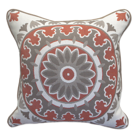 "Kenza Medallion<br><small>16""x 16""</small>"