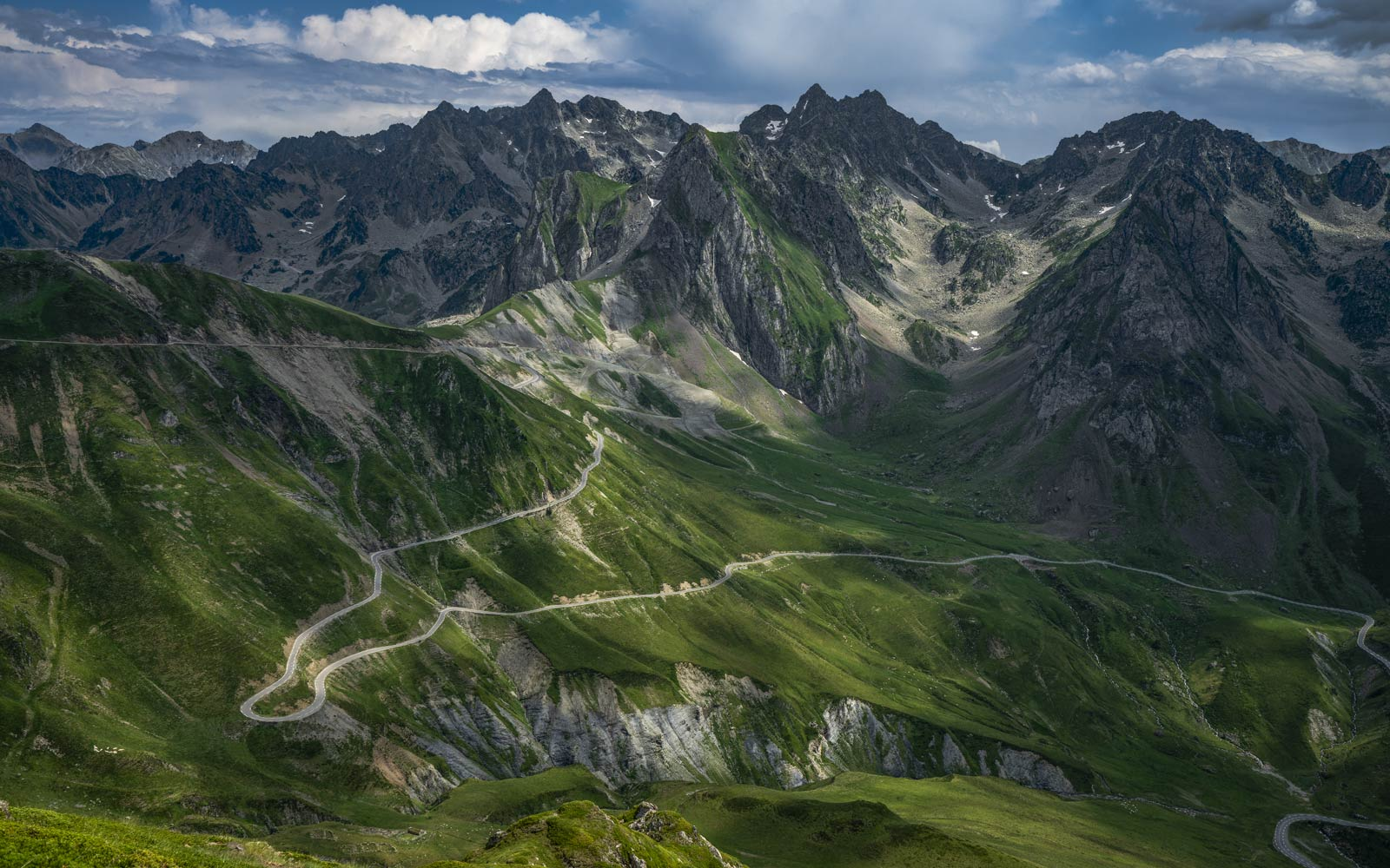 Col du Tourmalet - Great Cycling Road Climbs by davidt