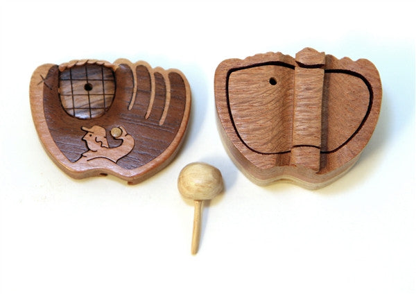 Baseball Mitt miniature - Boxology