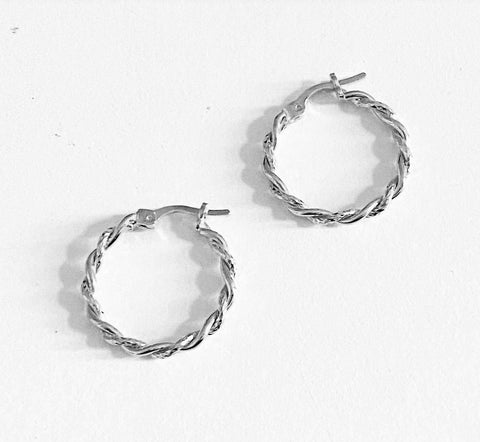 La MINI TWISTS - Silver - The Hoop Station 925 Sterling Silver Hoop Earrings Gold Huggies
