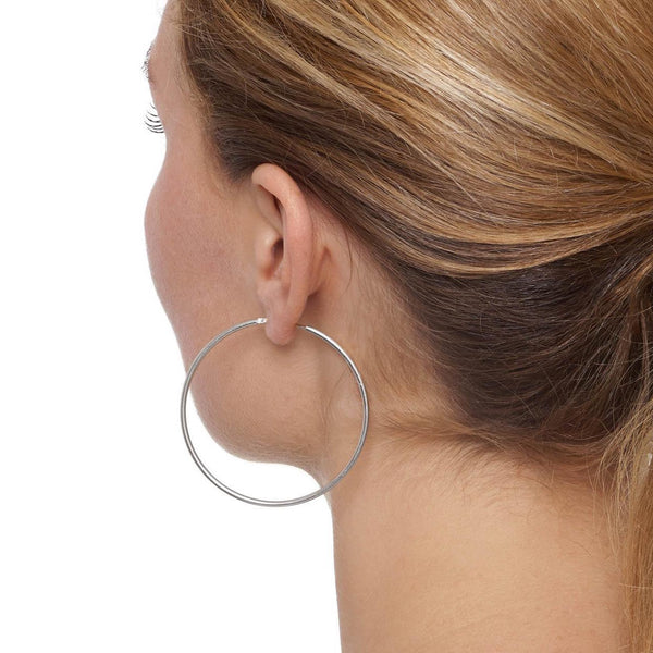La CHICA LATINA Large - The Hoop Station 925 Sterling Silver Hoop Earrings Gold Huggies