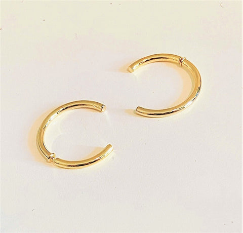 La INCOMPLETO Gold - The Hoop Station 925 Sterling Silver Hoop Earrings Gold Huggies