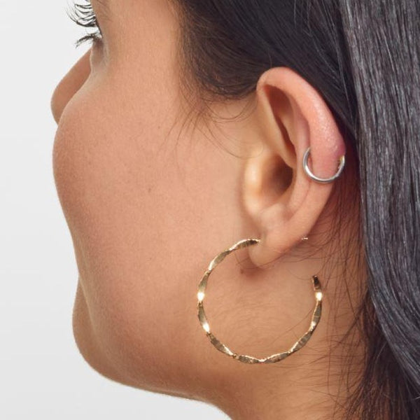 La MODENA Gold - The Hoop Station 925 Sterling Silver Hoop Earrings Gold Huggies