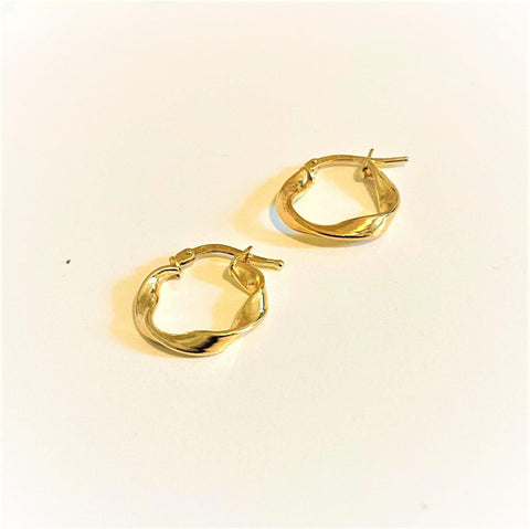 La RIBBON Huggies - Gold - The Hoop Station 925 Sterling Silver Hoop Earrings Gold Huggies