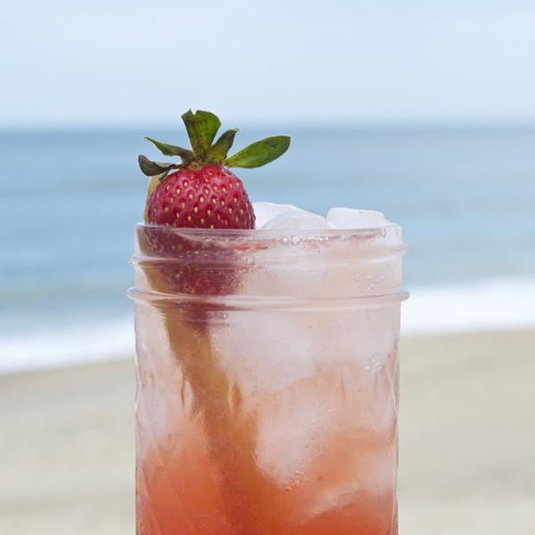 The Strawberry Rhubarb Spritz