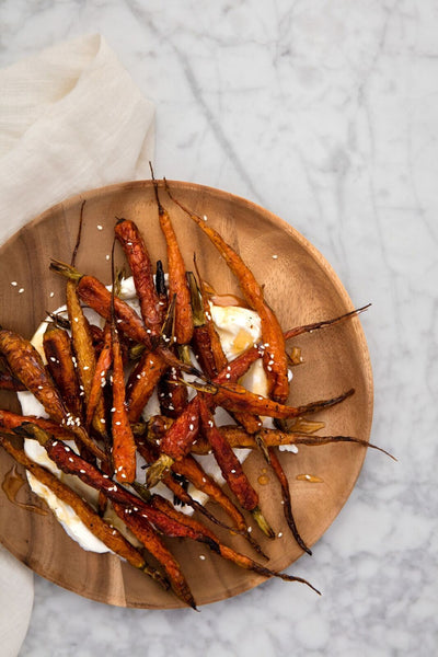 burnt carrots with lebneh