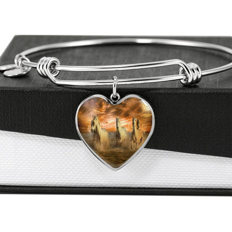 Horse Lovers Sunset Beach Luxury Heart Pendant Bangle