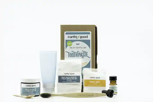 Toothpaste kit contents