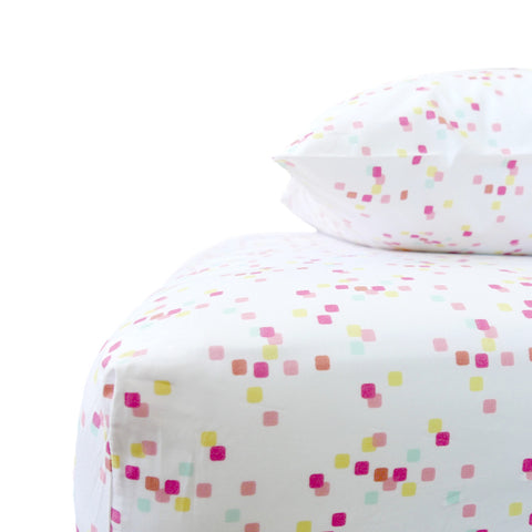 Coral Confetti Crib Sheet Set