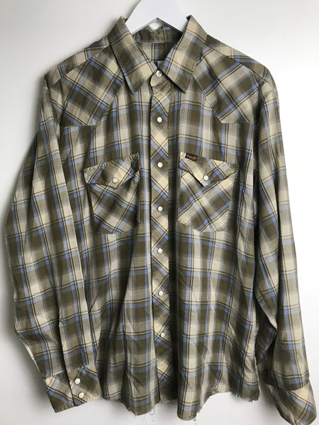 Vtg. Soft and Thin Plaid Wrangler Pearl Snap Shirt -as is- (L)