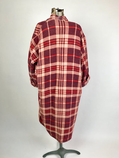 1950s Red and Purple Plaid Beacon Robe