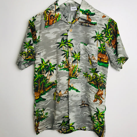 Vtg. Polyester Hawaiian Button Down Shirt (S)