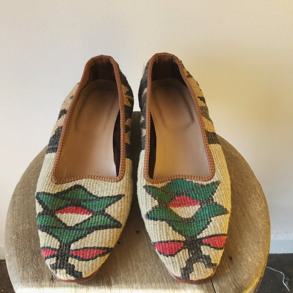 Vtg. Turkish Kilim Wool Flats