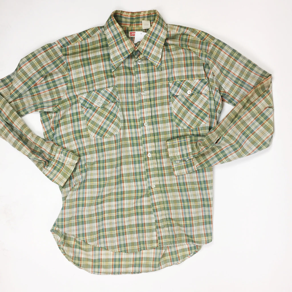 Levi's Green and Red Plaid Buttondown Shirt