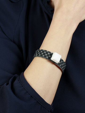 Lolita Soft Flexible Bracelet With Grid Pattern