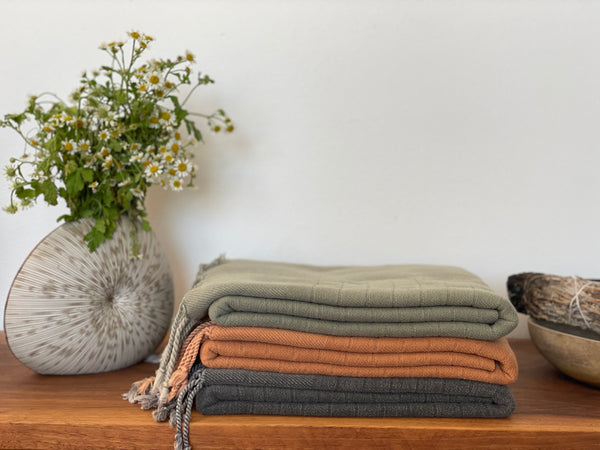 Stone Washed Cozy Throw