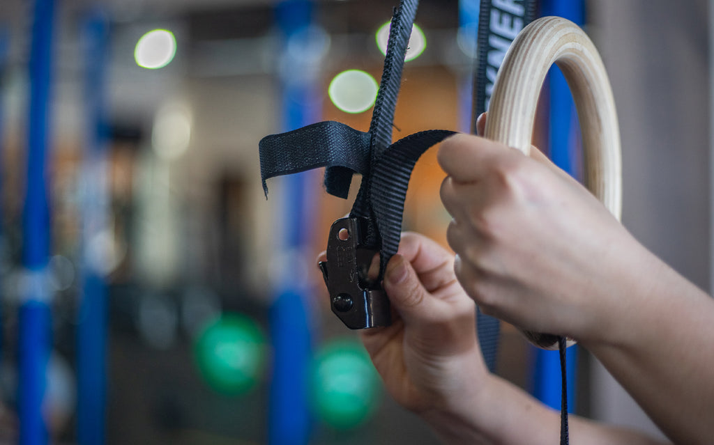 SETTING UP YOUR SYNERGEE GYMNASTIC RINGS: Step-by-step guide