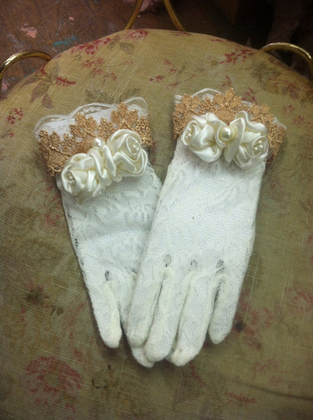 Royal Victorian Lace Gloves