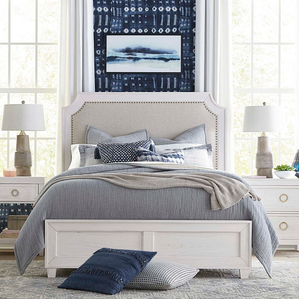 Bassett Bed Bassett Ventura King Upholstered Bed