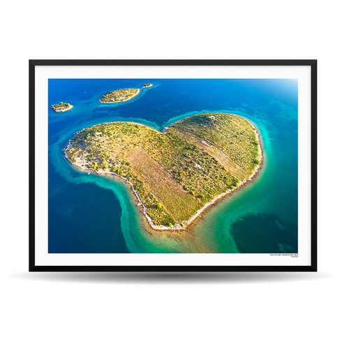 x Designio PhotoWall (HR) - The Heart Shaped Island