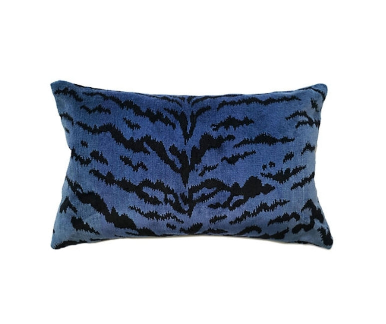 Tigre Pillow - Blue & Black Velvet