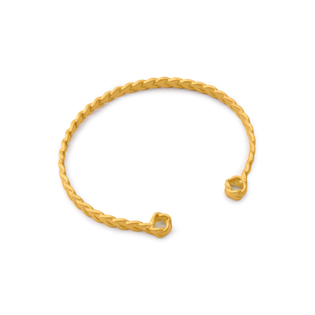 18K gold Classic Plait Cuff in matte finish detail