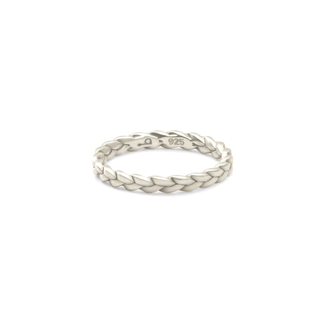 Sottile Plait Ring in satin polished sterling silver