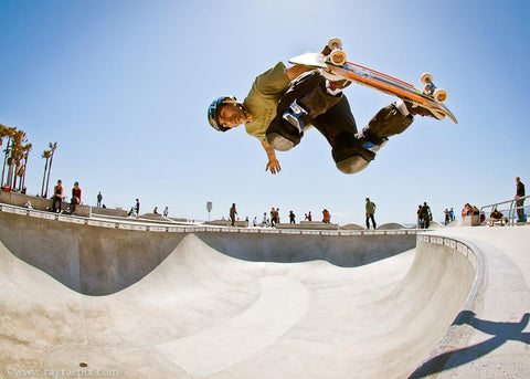 Jesse blasting air at the Venice Beach skatepark, image by Ray Rae