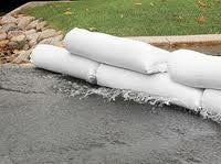 100 White Sand Bags 14x26- Built in Ties From the Dirty Gardener