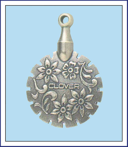 ANTIQUE SILVER THREAD CUTTER PENDANT