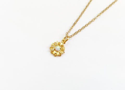 Opal Daisy Necklace - Gold