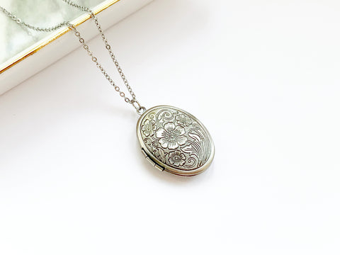 Small Oval Antique Locket