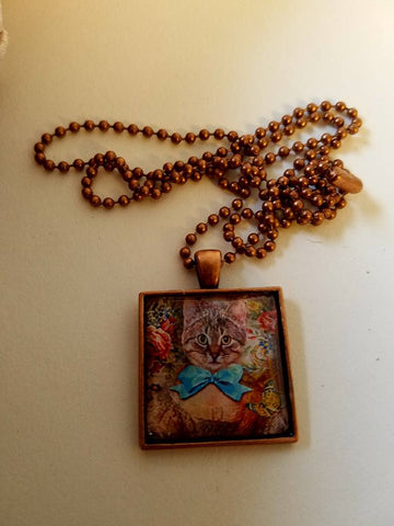 Vintage Kitty Princess Cabochon Necklace
