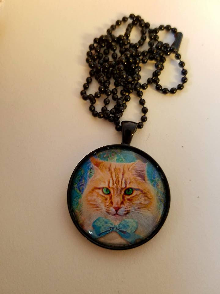 Vintage Kitty The Duke Cabochon Necklace
