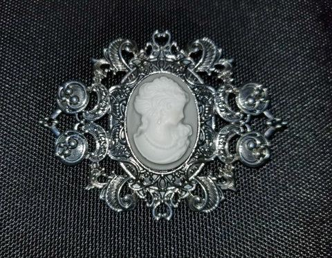Lady Grey Cameo Brooch