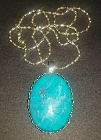Dyed Howlite Cabochon Necklace